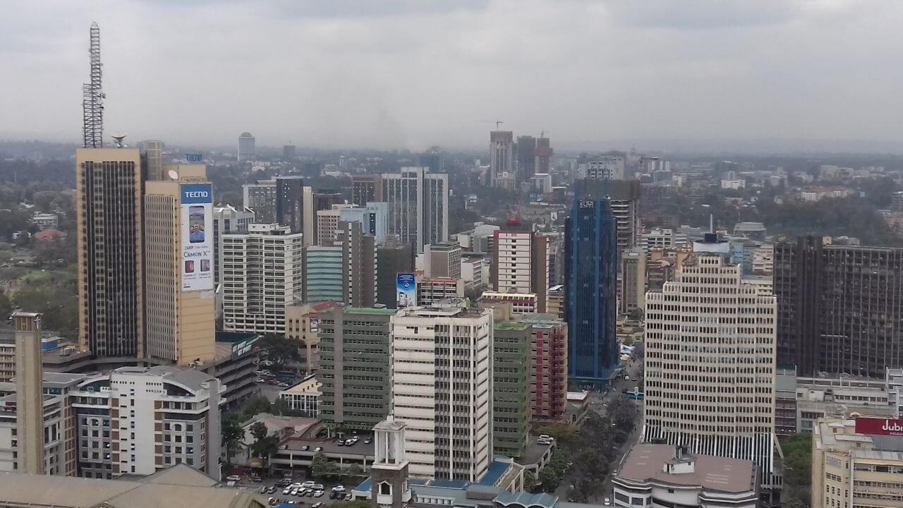 Nairobi látkép felhőkarcolókkal